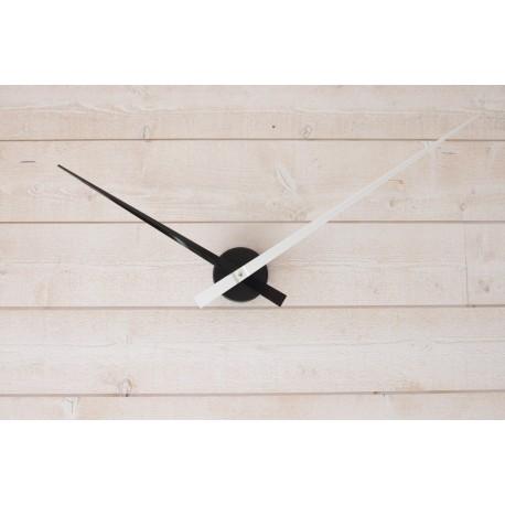 Horloge géante minimaliste Noire-Blanche